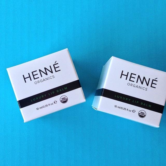 Custom Skincare Boxes
